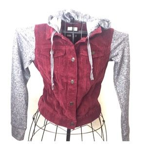 Juniors lightweight corduroy jacket!